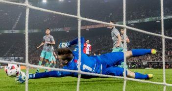 Samenvatting: Feyenoord - Excelsior 4-0, doelpunt Elia