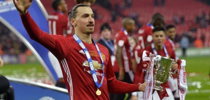 Het voetbalweekend in vogelvlucht: Ibrahimovic bezorgt Manchester United de League Cup