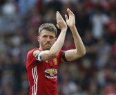 United zoekt vervanger van Carrick in Londen