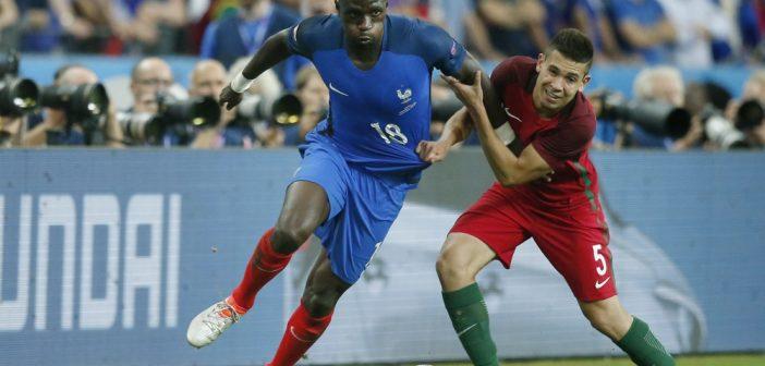 PSG heeft interesse is Portugese back